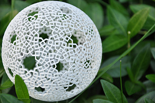 sphere two-point islamic pattern-s307x204